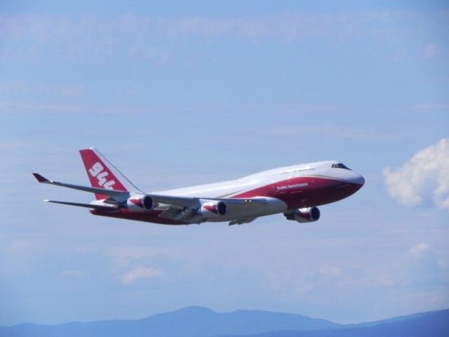 Air tanker 944 dal Boeing B747-400 antincendi