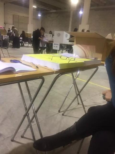 Referendum costituzionale scrutinio seggio estero spoglio