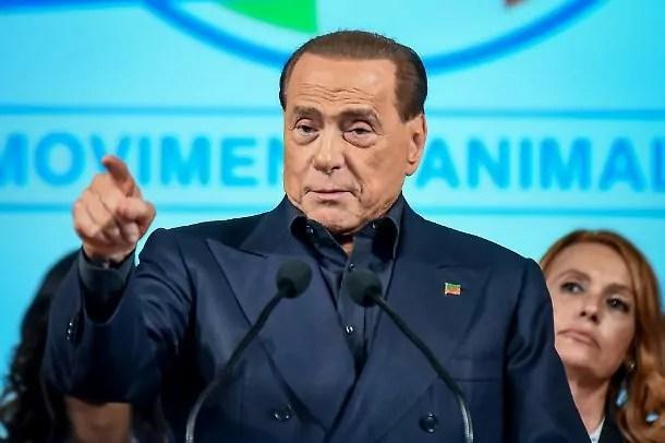 Elezioni amministrative Beppe Grillo M5s Berlusconi Renzi.