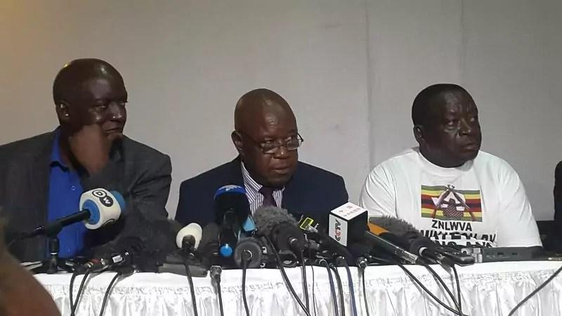 Impeachment di Mugabe