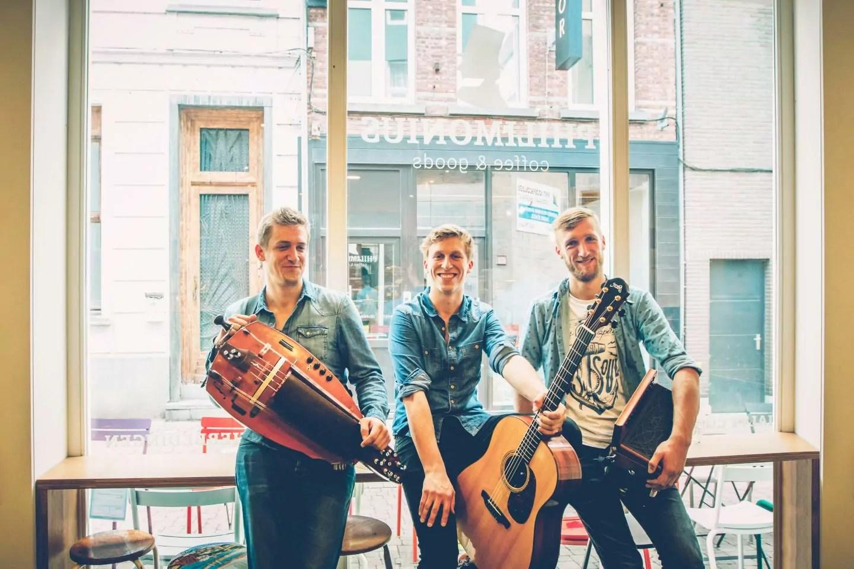 Trio Dhore