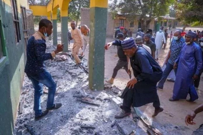 Raid di Boko Haram in alcuni villaggi di Borno in Nigeria la vigilia di Natale 2020 (ph. News Agency Nigeria).