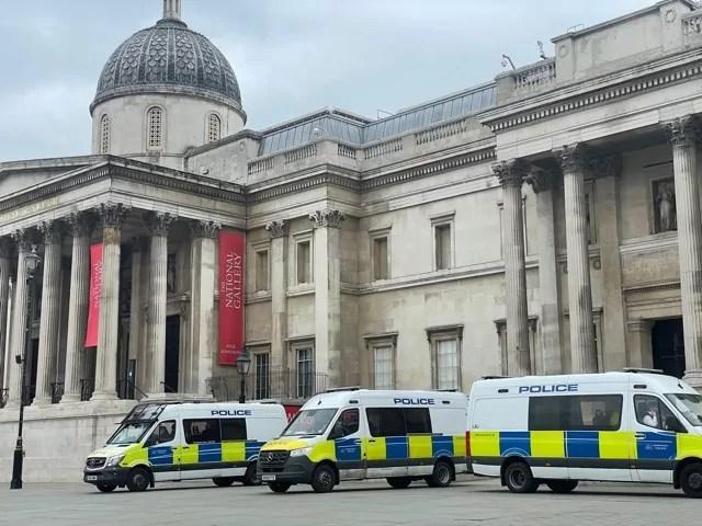 Londra, polizia a Trafalgar Square durante la manifestazione Kill the Bill del 3 aprile 2021 (Copyright: Rebecca Faioni / IN24).