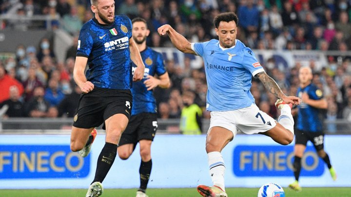 Lazio-Inter, 3-1: prima Perisic su rigore porta in vantaggio i suoi, poi Inzaghi subisce la rimonta dalla sua ex squadra. Immobile dal dischetto, Felipe Anderson (tra le proteste) e Milinkovic di testa. Negli ultimi minuti, rissa in campo: espulso Luiz Felipe.