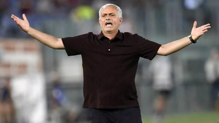 Bodo-Roma, 6-1: non c'è storia per i giallorossi in Norvegia, che disastro. I padroni di casa iniziano, la Roma spera con Perez, poi i norvegesi dilagano. Mourinho e tifosi infuriati.