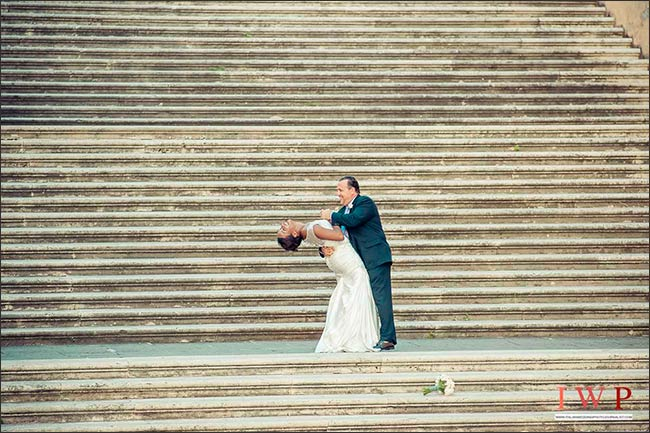 elope-in-rome_13