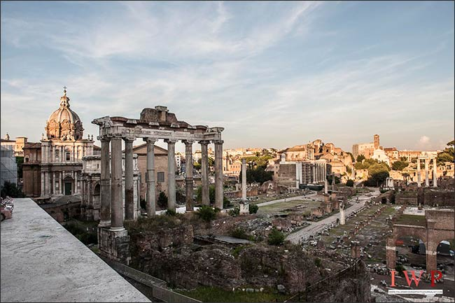 elope-in-rome_16