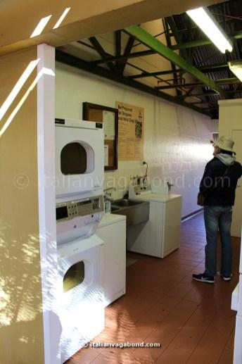 ayers_rock_resort_laundry