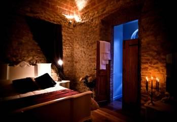 Castello di Montignano, hotel de luxe en Ombrie (chambre)