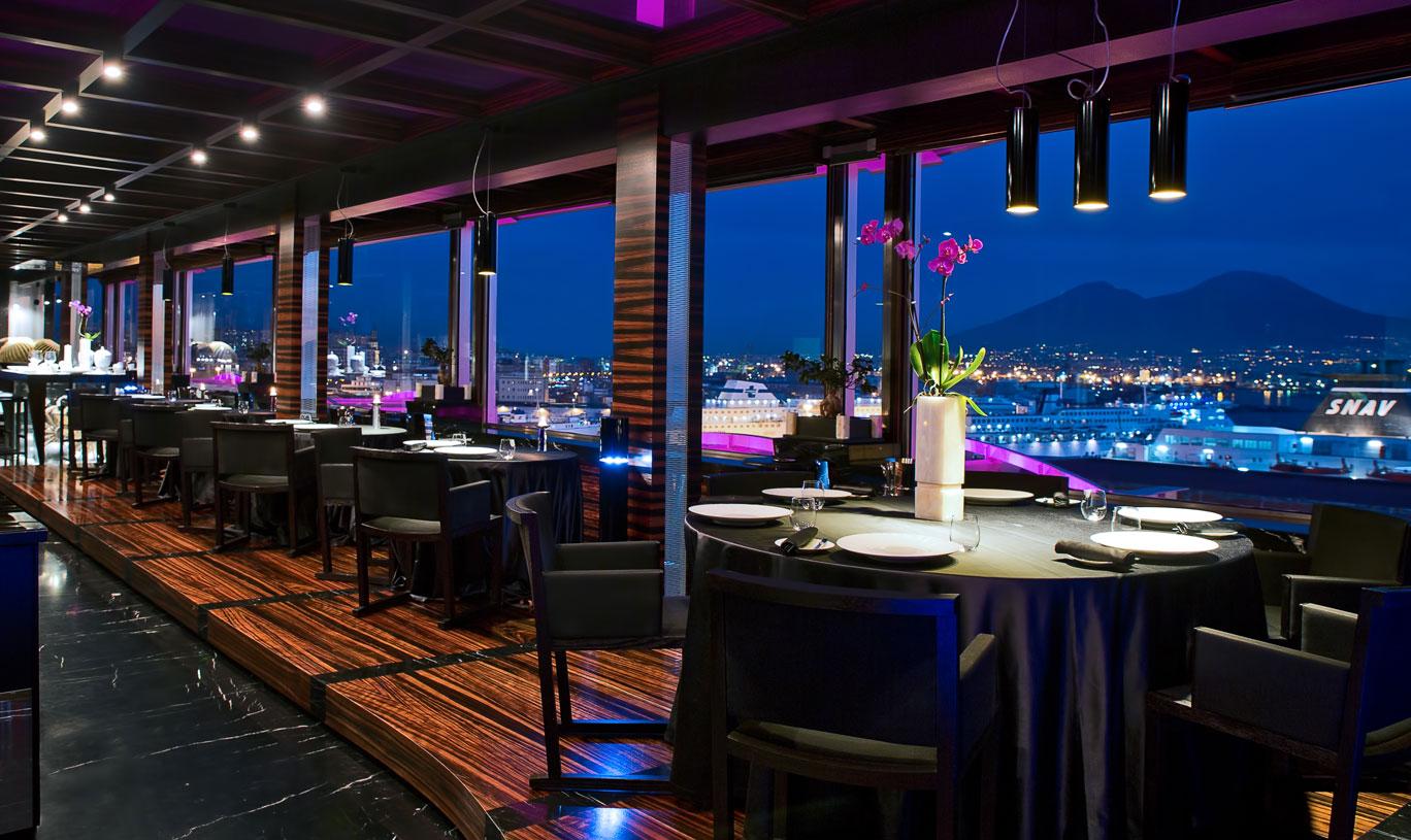 Hotel Romeo Naples, restaurant Il Comandante