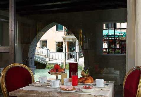 liassidi-palace-hotel-venise-6