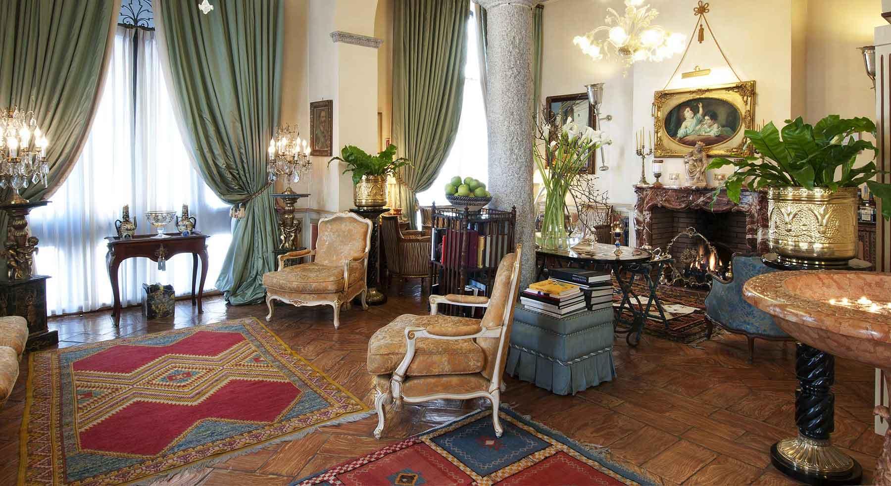Le salon principal du Petit Palais hotel de charme Milan