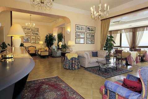 Hotel Il Nido Amalfi Italie : salon