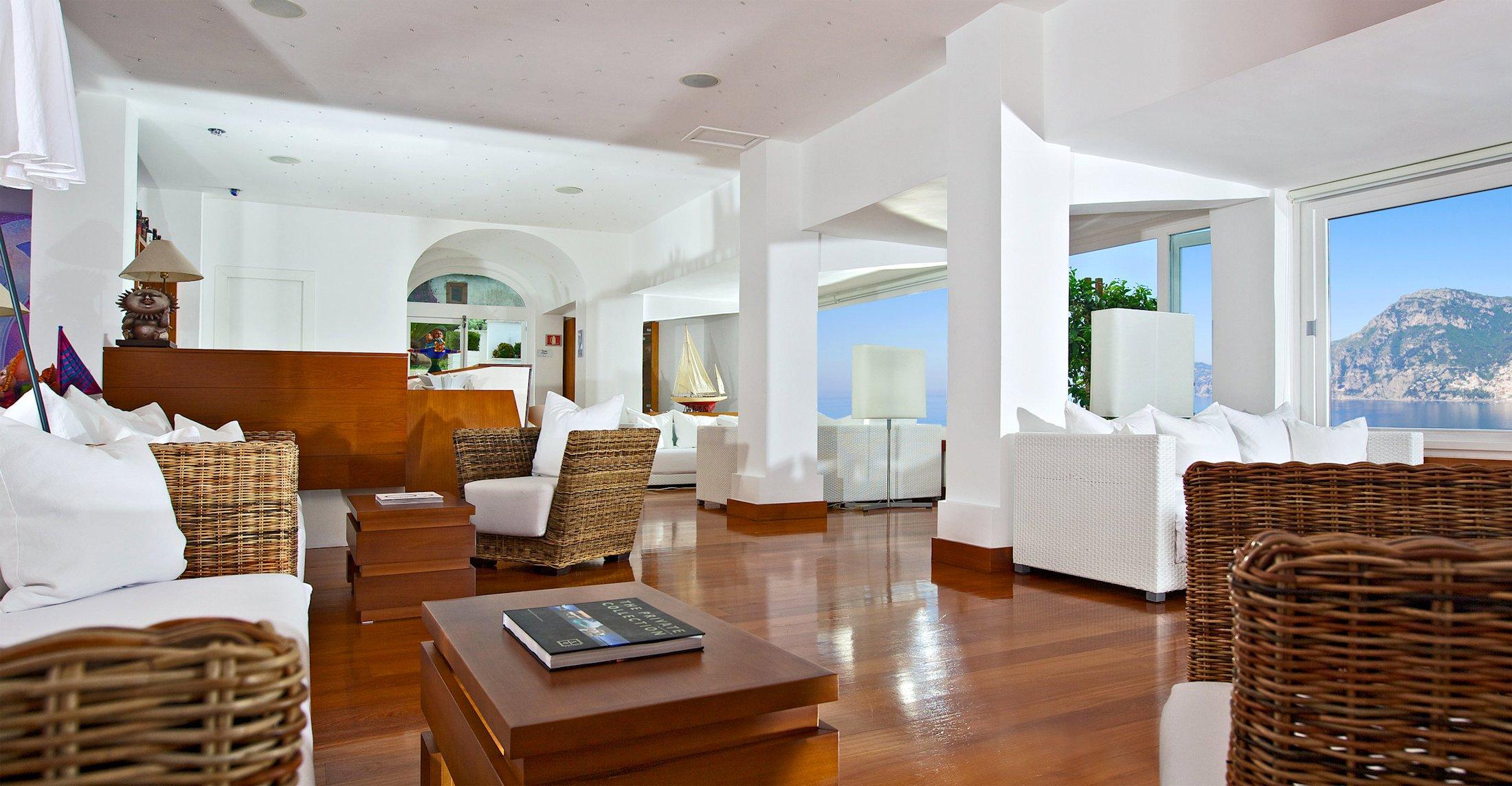Un salon de l'hotel Casa Angelina, Praiano sur la Cote Amalfitaine