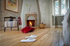 Monaci delle Terre Nere, hotel de charme en Sicile : cheminée