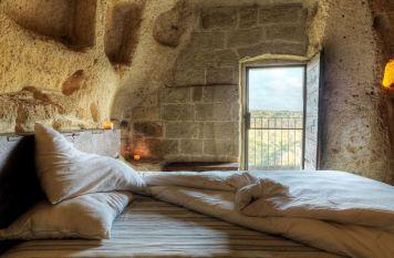 Le-Grotte-Della-Civita-6