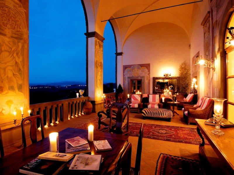 Loggia du restaurant de l'hotel Villa Mangiacane