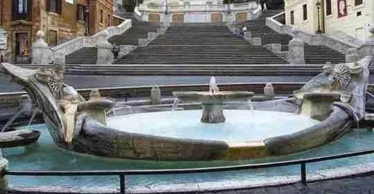 fontana_della_barcaccia_old