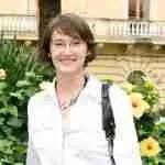 Laura Thayer Sorrento Headshot