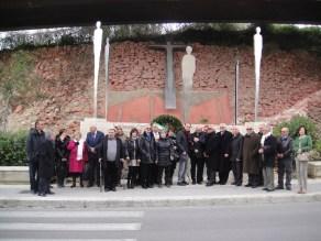 Anmil Ragusa dinanzi al monumento ai caduti di viale del Fante