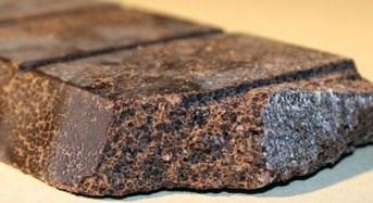 Ebola, il virus minaccia il raccolto del cioccolato