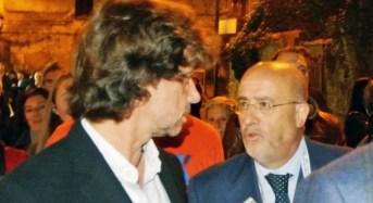 """Alberto Angela, il celebre conduttore televisivo di """"Ulisse"""" e """"Passaggio a Nord-Ovest"""", ospite al museo di Camarina"""