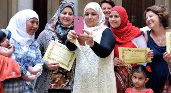 Integrazione. Sono 250 le mamme straniere che ogni anno imparano l'italiano grazie a insegnanti ed educatrice volontarie
