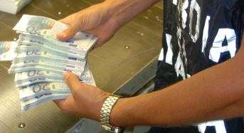 "Catania. Operazione ""Tarocco"": Truffa all'INPS per 1,5 milioni di euro, denunciati 377 falsi braccianti agricoli"