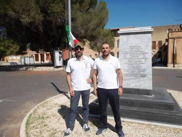 Srefano Pepi e Domenico Anfora presso Cippo Aeroporto di Biscari