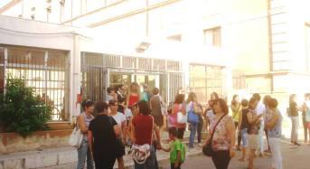 Acate.  Annullato il sit-in di protesta per l'insediamento di extracomunitari presso l'ex l'istituto Sacro Cuore.