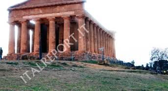 Agrigento: Al Mandorlo in Fiore l'Opera dei Pupi