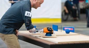 La mano robotica made in Pisa e Genova in gara al Cybathlon, le prime olimpiadi bioniche