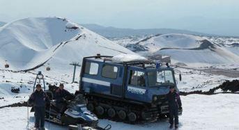 La Polizia di Stato sulla neve dell'Etna