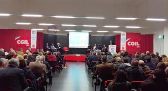SI ai due referendum proposti dalla CGIL. Affollata assemblea a Ragusa