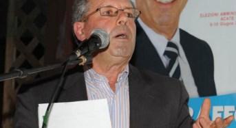 """Acate. Comizio del sindaco Raffo, prima parte:"""" L'Onorevole grillina in missione a Niscemi"""". Nota dell'amministrazione comunale."""