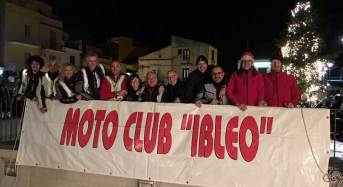 """Ben 120 i partecipanti alla 14esima edizione del """"Città di Ragusa"""": La motofiaccolata che ha fatto tappa anche a Modica"""