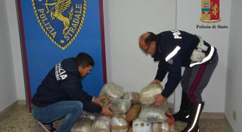 Vittoria, Chiaramonte Gulfi. La Polizia di Stato arresta corriere con 42.7 kg di marijuana.
