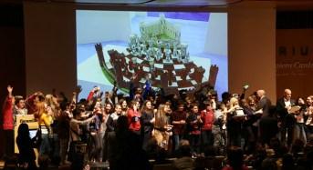 """Giovedì 22 febbraio, Lineapelle Milano, """"Amici per la pelle"""": più di mille ragazzi delle scuole medie per un innovativo progetto che avvicina gli studenti all'industria conciaria"""