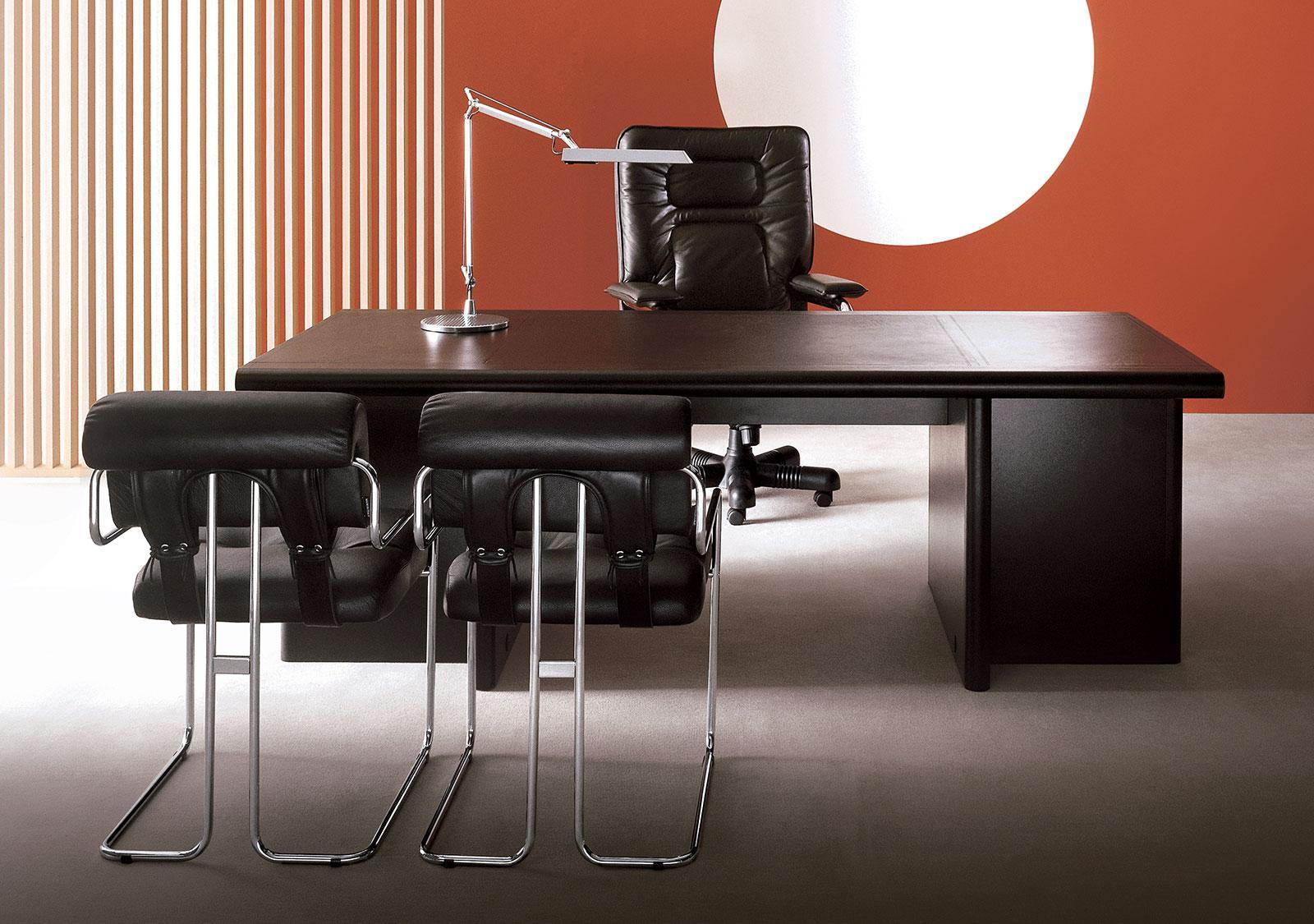 Tucroma Padded Chrome Frame Leather Covered Chair Shop Online Italy Dream Design