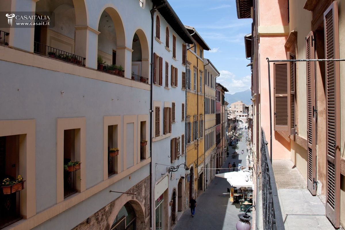 Apartment With Balcony For Sale In Centre Of Spoleto