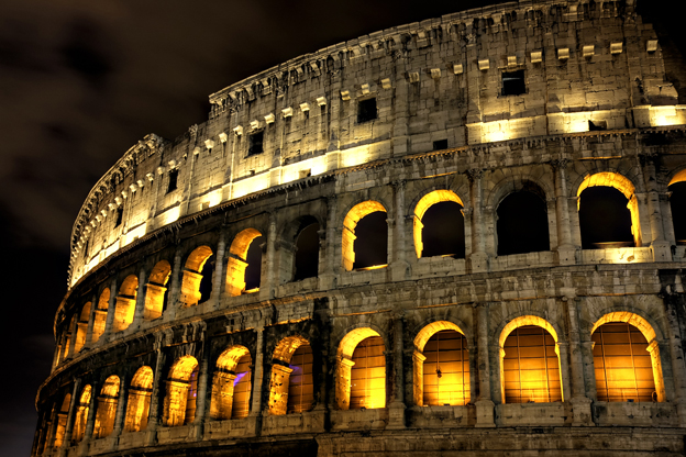Rome S Colosseum Reopens At Night Italy Magazine