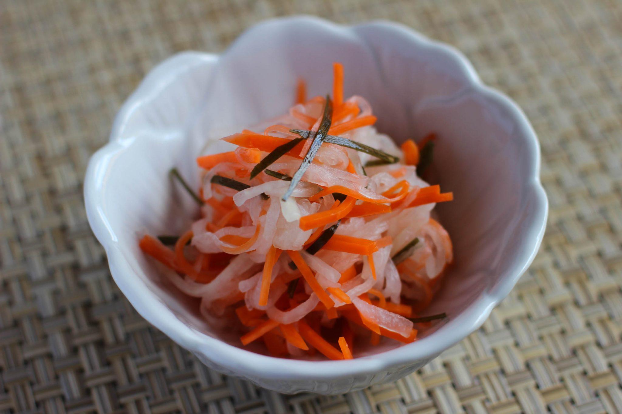 Namasu salade japonaise de légumes marinés pour les fêtes par Itamae