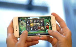 Mobiilikäyttö uhkapelaamisessa