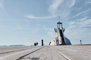 Oulu: Uuden 12,5 m syväväylän kiinteiden merimerkkien asennus käynnistyy
