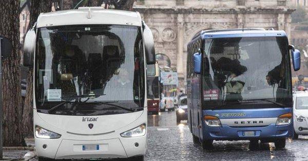 bus turisticos roma