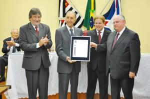Ruette recebeu título em solenidade na Câmara (CMI)