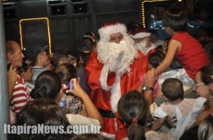 Papai Noel chegou em clima de muita festa
