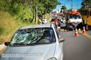 Ciclista foi colhido por carro na Avenida Brasil