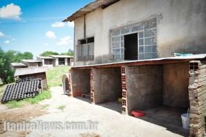 Uma das intenções é construir um barracão na área dos canis