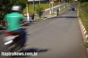 Também nos Prados, Avenida Mário Covas registra muitos acidentes